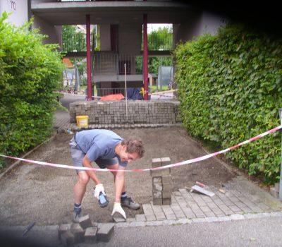 Renovation: Pflastersteine – Einfahrt MFH